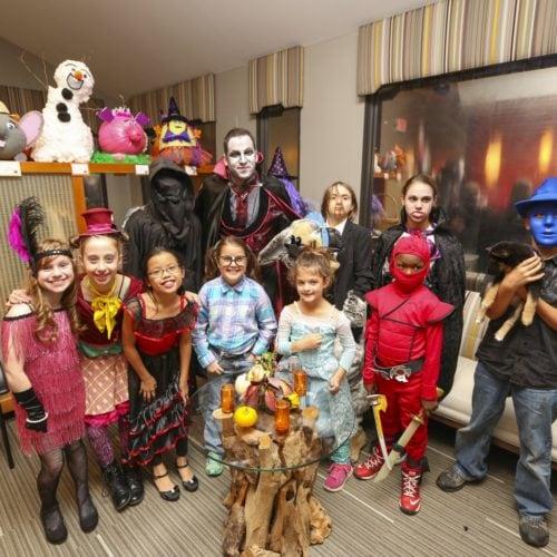 BI8C4949 500x500 - Halloween Trick or Treat Party